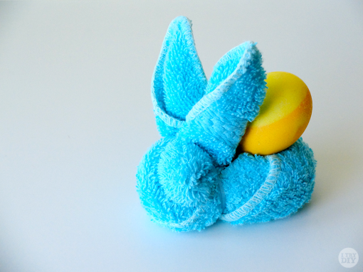 face towel easter bunny