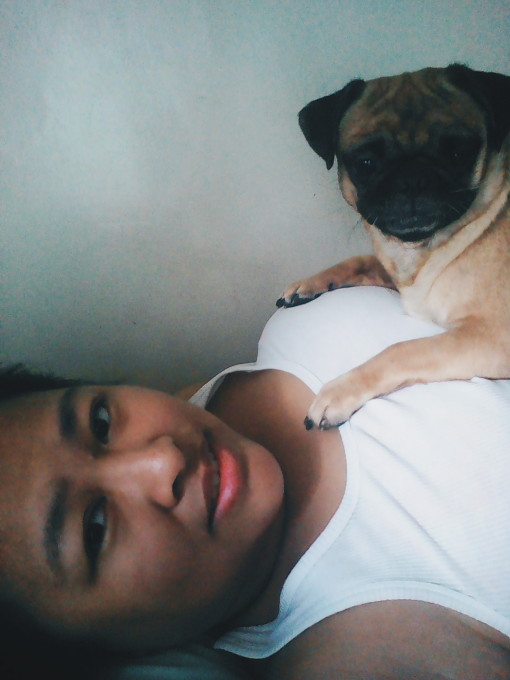 Selfie with Kylie On Top Of Me | Nickle Loves to Blog